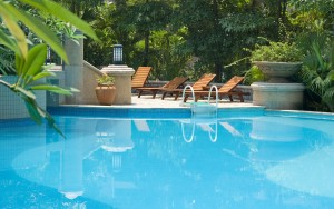 swimming-pool-widescreen-wallpapers-free-download