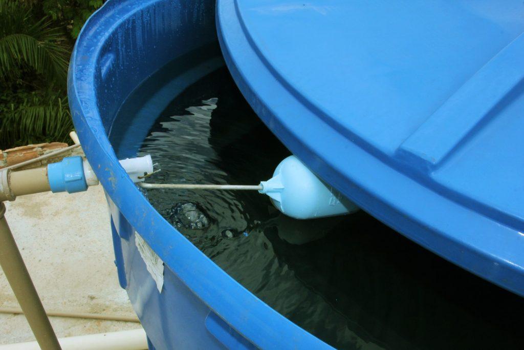 trocar a caixa d'água