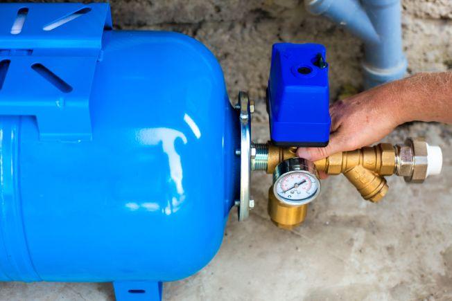 Como é feita a instalação do sistema de pressurização?